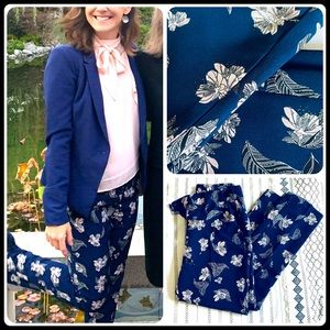 Cynthia Rowley Pants & Jumpsuits - Navy blue floral ankle pants